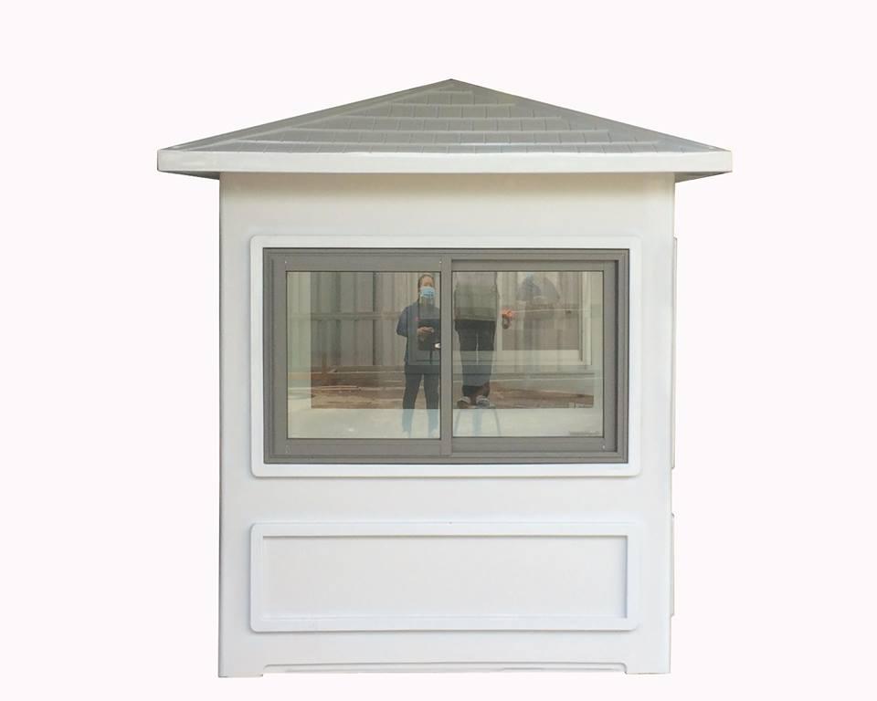Hai  mặt bên kích thước 1.9m có cửa sổ