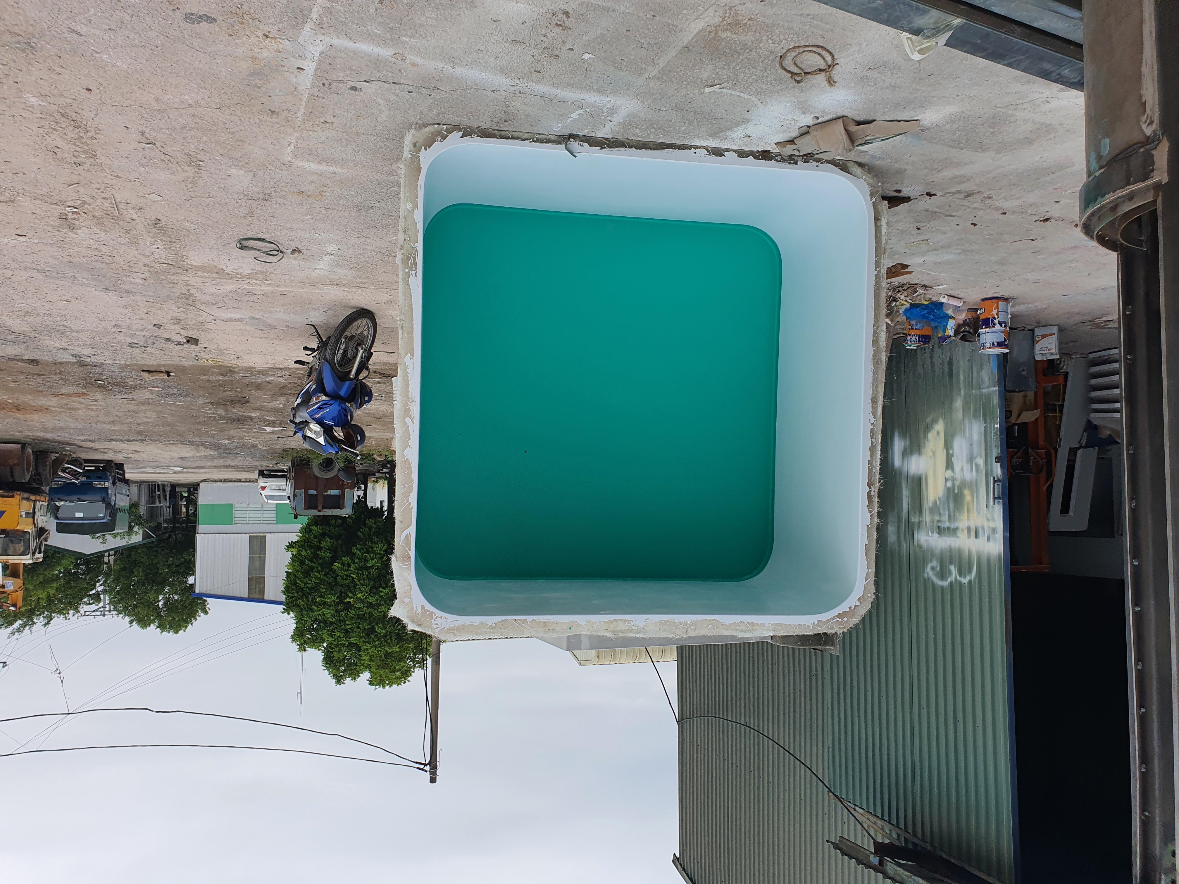 Nội thất bốt bảo vệ được đúc nguyên khối bằng vật liệu composite